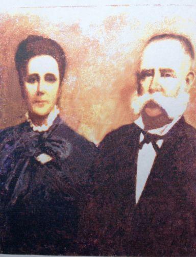 Foto de un cuadro de Don Ignacio y Doña Laura